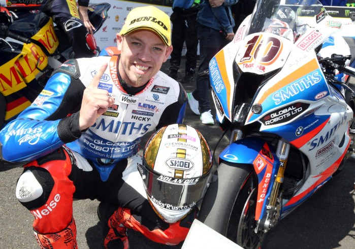 victory for hickman at tt