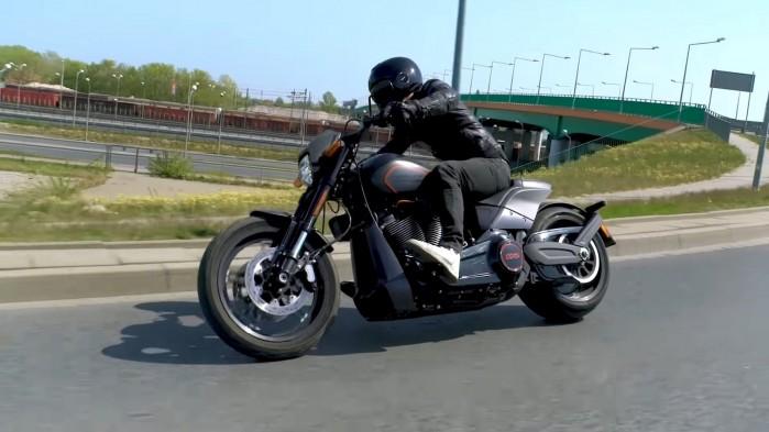 Harley Davidson FXDR 114 Barry