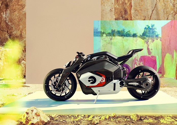 bmw motorrad goes electric with naked vision dc roadster 135450 1