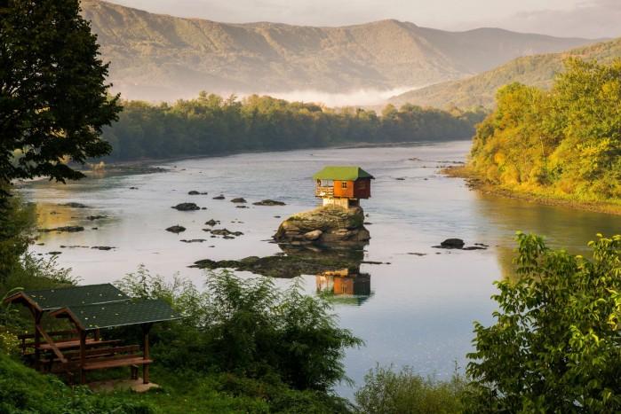serbia dom na drinie