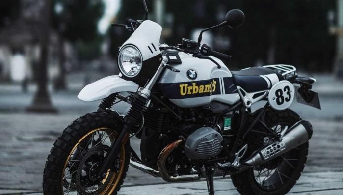 BMW R nineT Urban GS Dakar Series 1 2