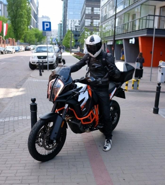 KTM 1290 Super Adventure R Barry test
