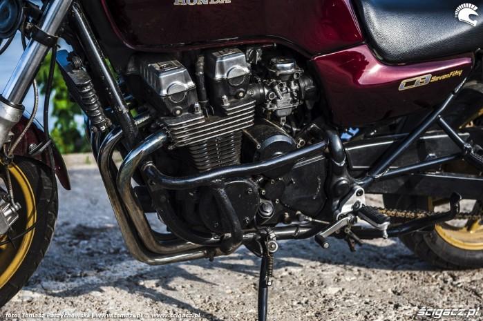 Honda CB750 Seven Fifty 04