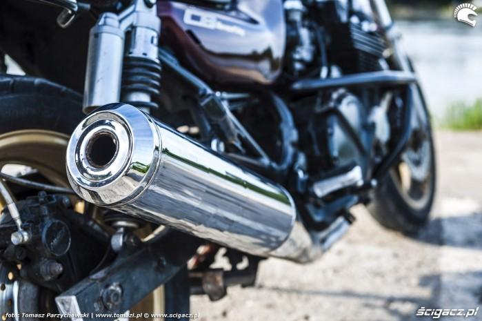 Honda CB750 Seven Fifty 11