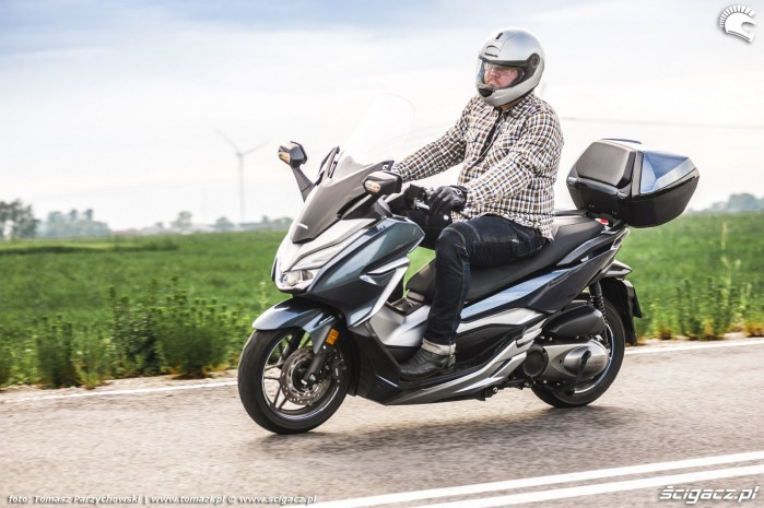 Honda Forza 300i 07