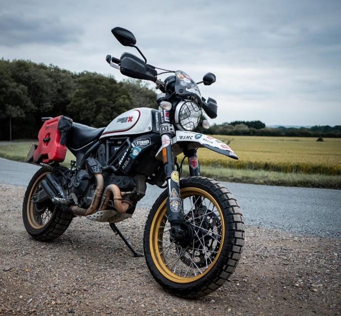 Ducati Scrambler Desert Sled skradziony