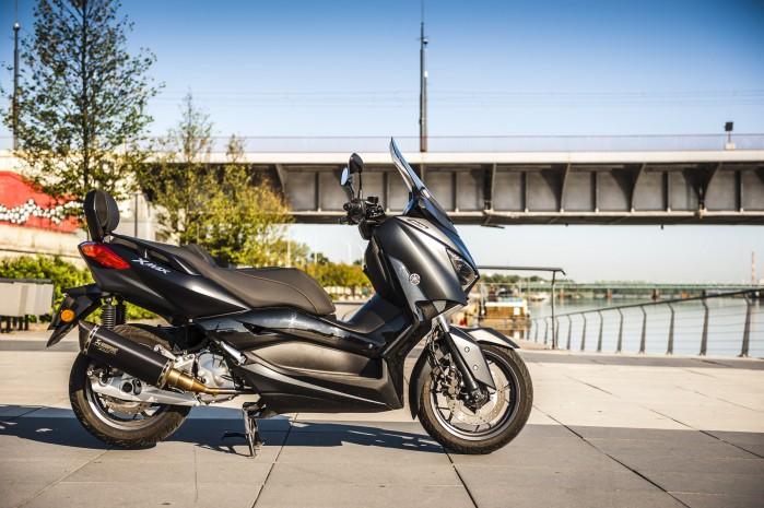 Yamaha Xmax 125 Iron Main