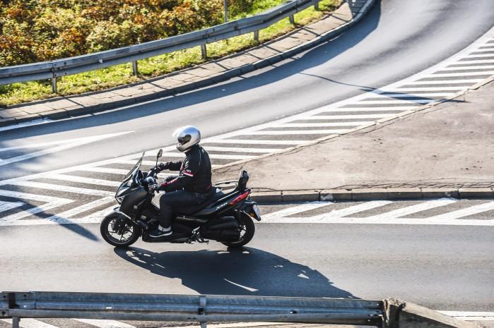 Yamaha Xmax 125 Iron zgory1