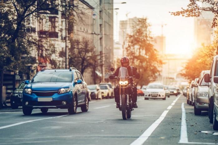 motocykl miasto