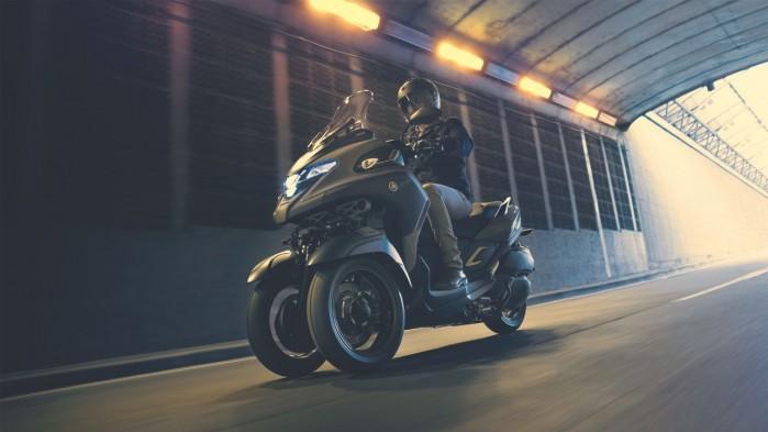 Yamaha Tricity 300 na drodze