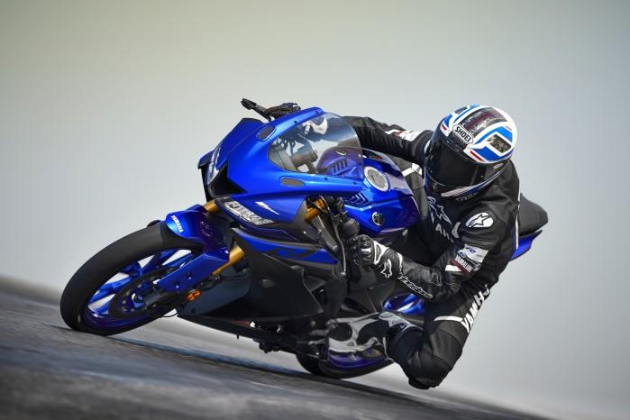 2019 Yamaha YZF R125 EU Yamaha Blue Action 002
