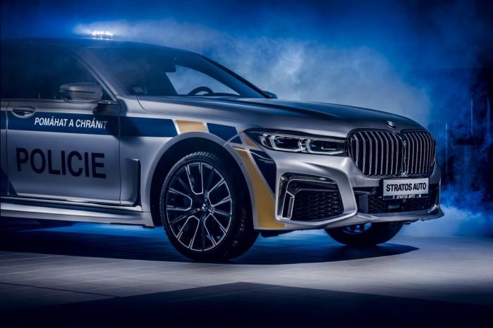 BMW 745 Le xDrive policja