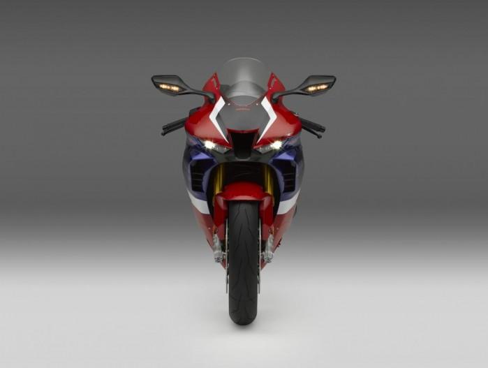2020 Honda CBR1000RR R przod