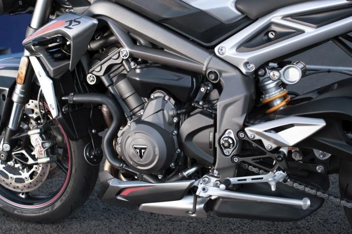 Triumph Street Triple RS 2020 silnik