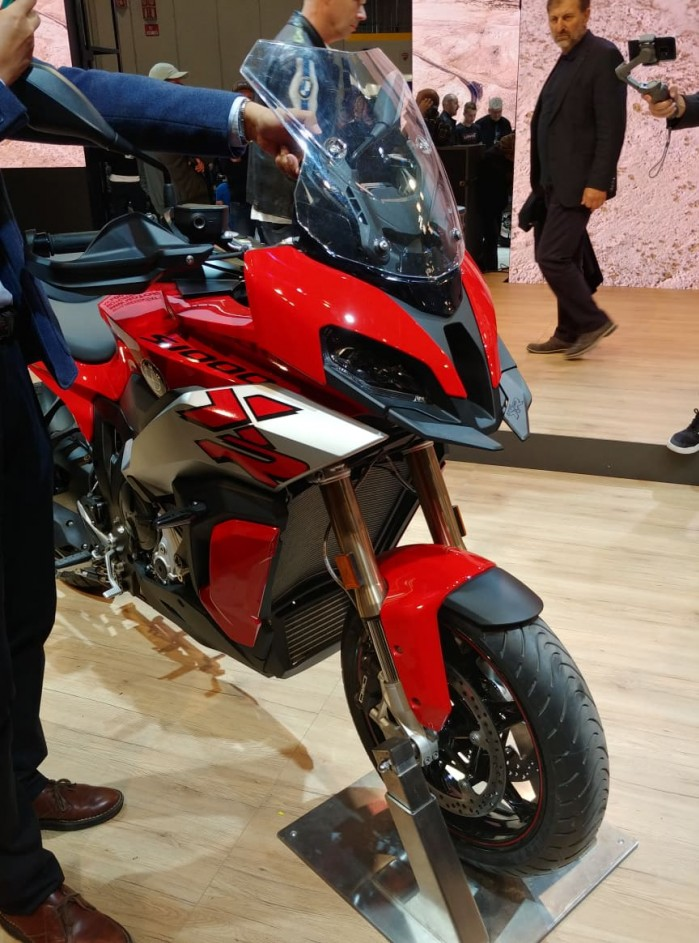 eicma 2019 bmw S1000XR