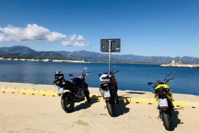 motocyklem na Sardynie