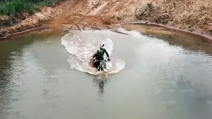 rosyjski motocykl elektryczny