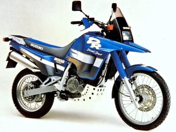Suzuki DR 800 S big 700px