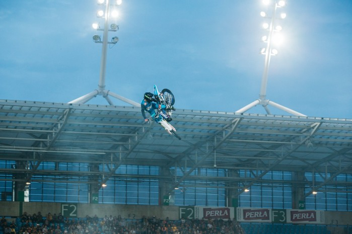 Marcin Lukaszczyk Whip Sound of Gravity Lublin