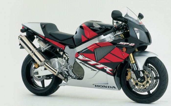 Honda VTR1000SP 2