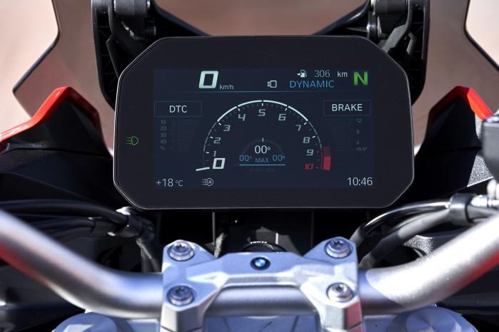 BMW F900XR 2020 zegary wyswietlacz sport