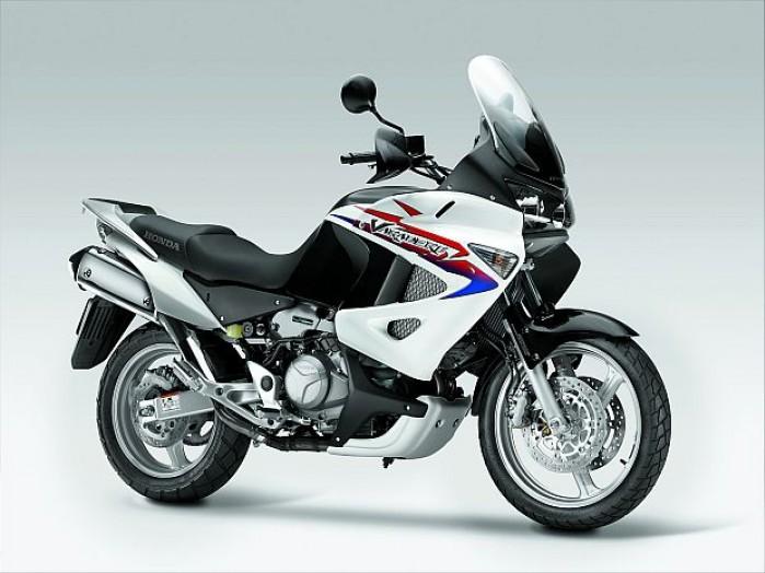z13234175O Honda Varadero 2011