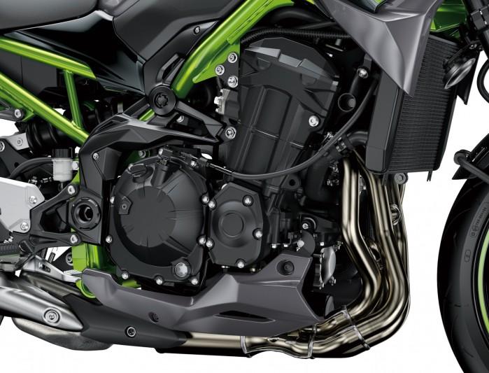 Kawasaki Z900MY2020 03 detail engine
