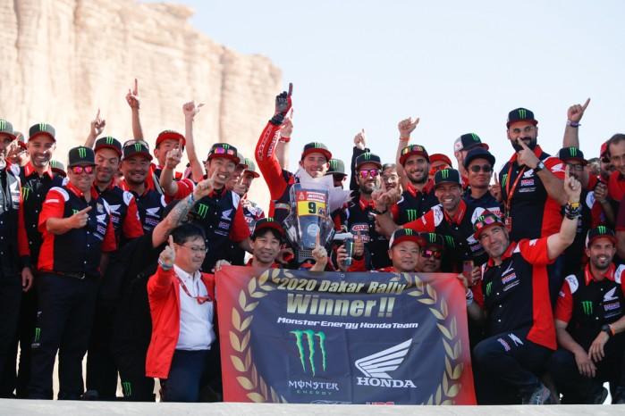 Honda Team na podium
