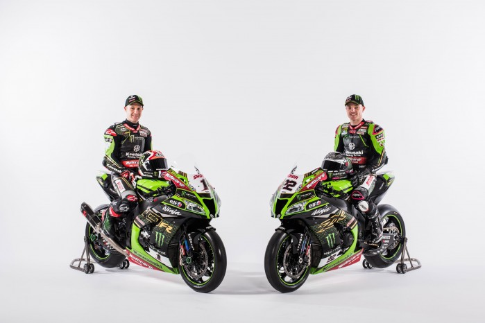 Kawasaki WSBK 2020 08 both on bike