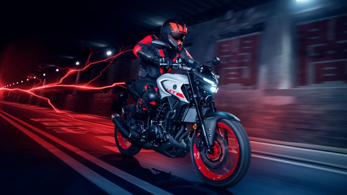 2020 Yamaha MT320 EU Ice Fluo Action 007 03