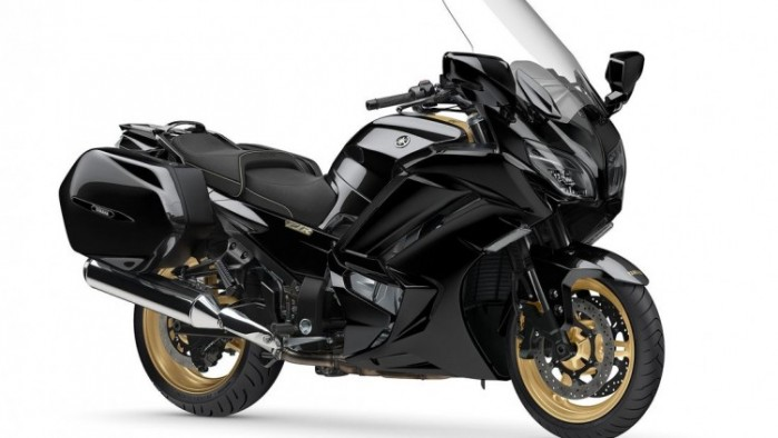 Yamaha FJR1300 Ultimate Edition prawy bok