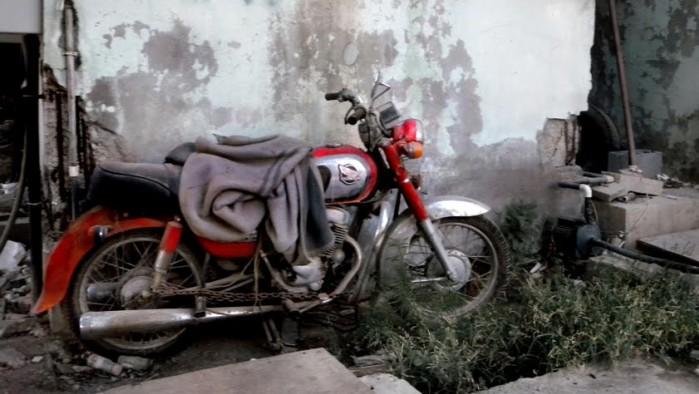 Porzucony motocykl