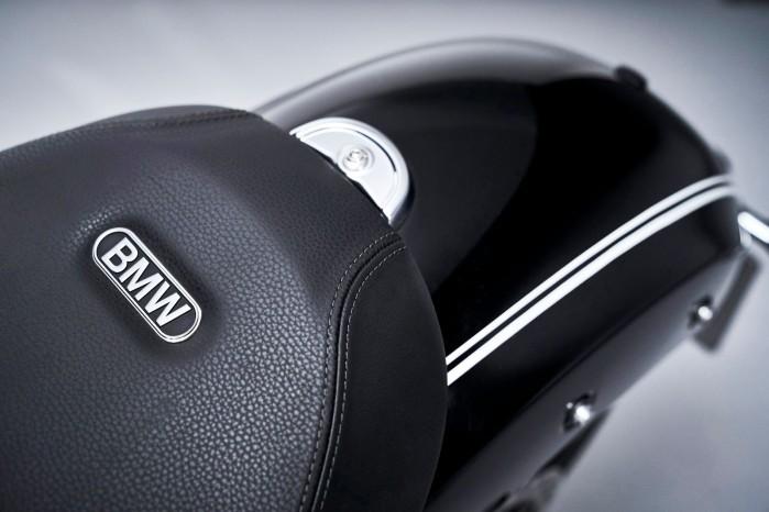 BMW R18 19