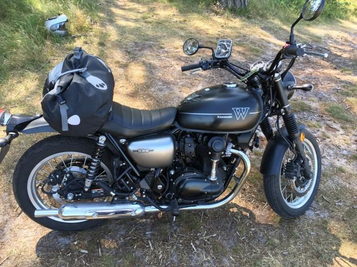 Kawasaki W800 Street 03 bok prawy