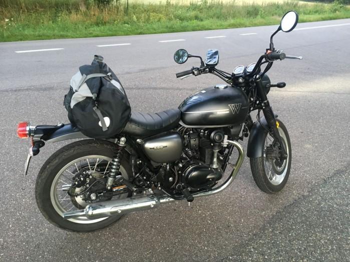Kawasaki W800 Street 17 postoj