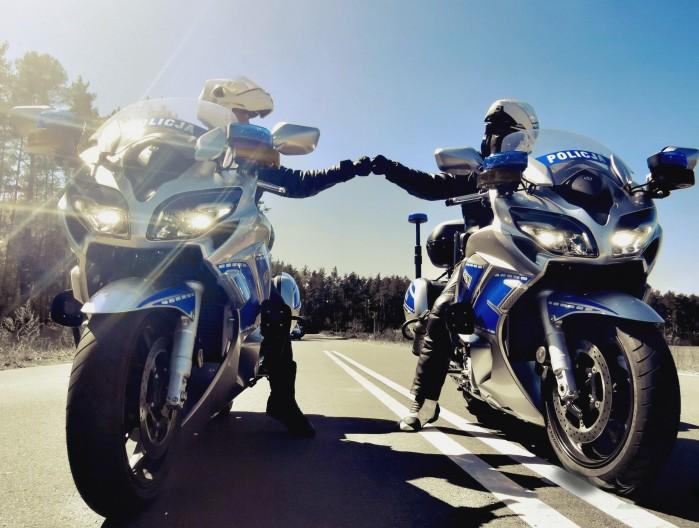 policja motocykl zz