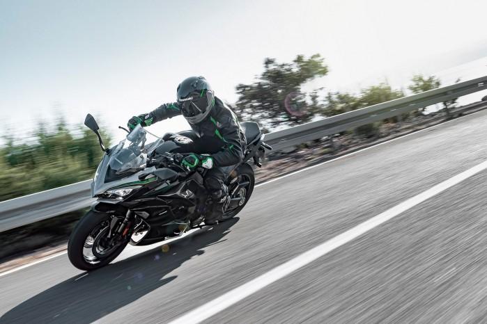 Kawasaki Ninja 1000SX 202005