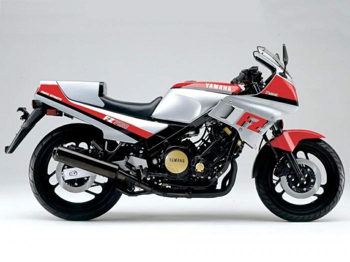 Yamaha FZ750 85 4
