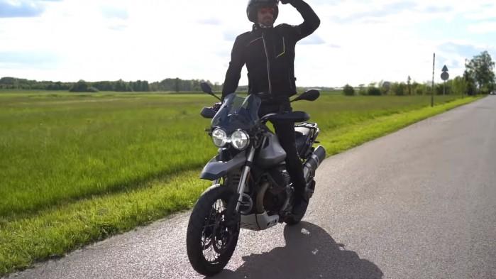 Moto Guzzi V85 TT Barry
