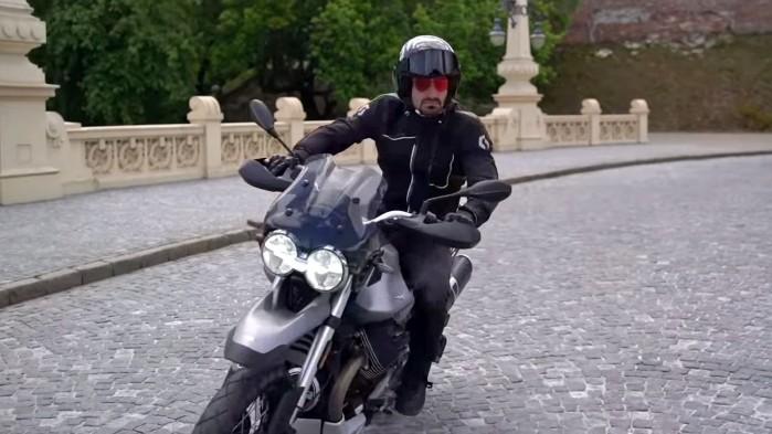 Moto Guzzi V85 TT dynamika