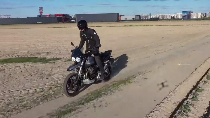 Moto Guzzi V85 TT offroad