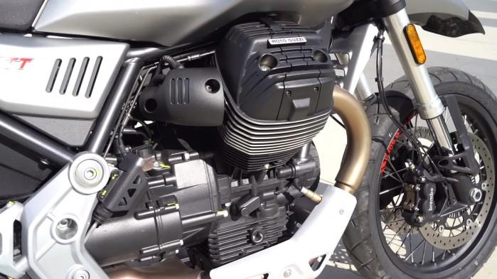 Moto Guzzi V85 TT silnik