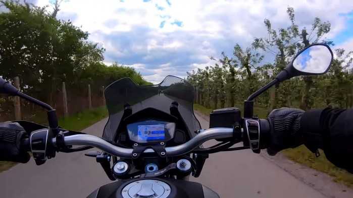 Moto Guzzi V85 TT zegary