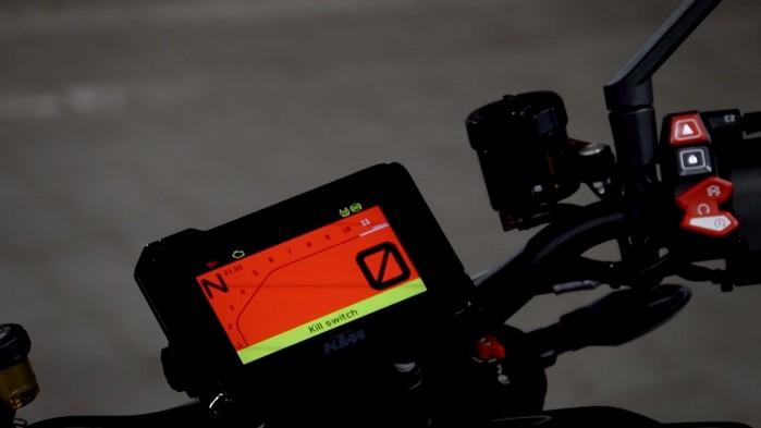 KTM 1290 Super Duke R 2020 wyswietlacz