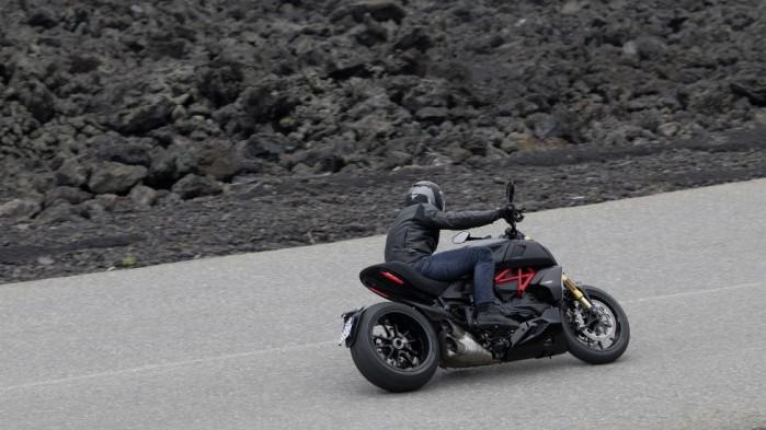 Ducati Diavel 1260 S 01