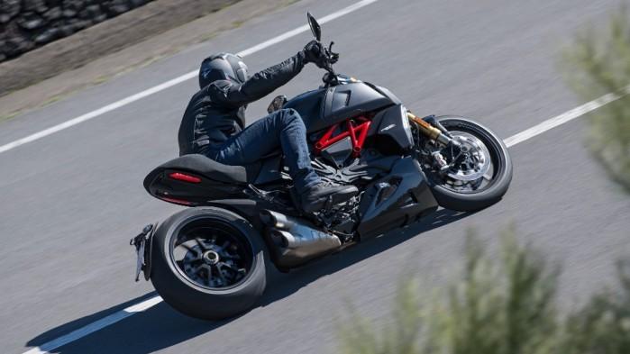 Ducati Diavel 1260 S 07
