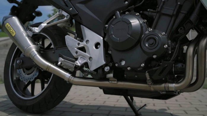 Honda CB 500F 2015 silnik