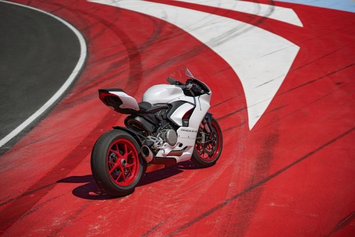 Ducati PanigaleV2 WhiteRosso 04