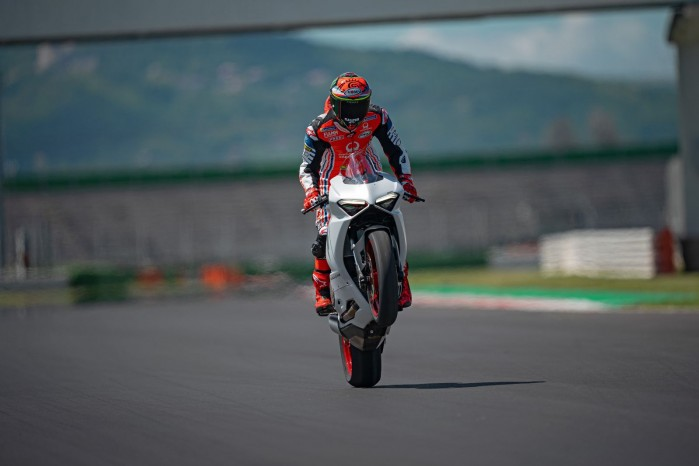 Ducati PanigaleV2 WhiteRosso 07