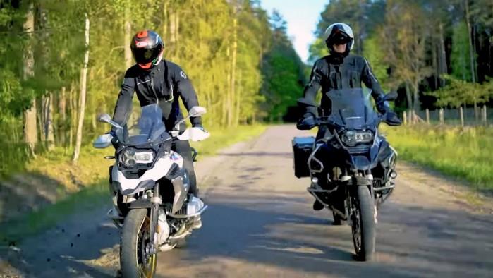 Barry Moto i Kuba Midel on road